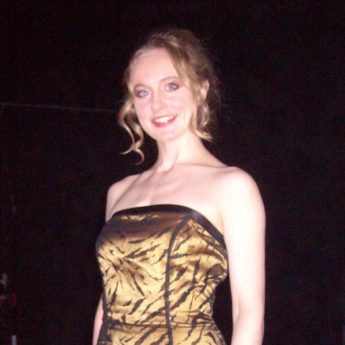 cropped-full-length1.jpg